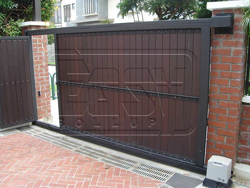 Railing garage door