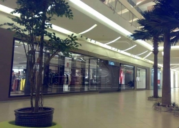 Polycarbonate Transparent Roller Shutter Medina mall Project