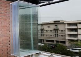 شیشه تاشو بالکن (جام بالکن)